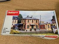Auhagen 12228 Victorian Factory Modelling Kit For Hornby Train Sets
