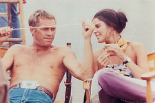STEVE MCQUEEN 8X10 PHOTO BARECHESTED WITH ALI MACGRAW