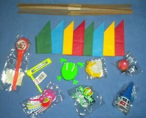 8 GIFTS/TOYS/GAMES/FILLERS + HATS, SNAPS & JOKES TO MAKE YOUR OWN XMAS CRACKERS