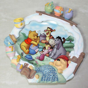 "Disney Winnie the Pooh ""A Smackeral of Fun for Everyone"" 3D Plate 84-B11-019.1"