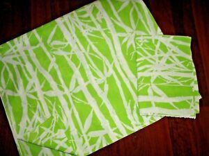 VINTAGE WAMSUTTA BAMBOO GREEN & WHITE NATURE (1) QUEEN FLAT SHEET & P/CASE SET