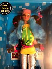 """FASHION ROYALTY DYNAMITE GIRLS ELECTRO POP """"ARIA""""  2009 DOLL INTEGRITY T."""