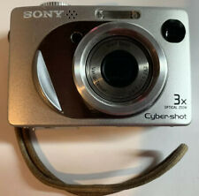 Sony Cyber-shot DSC-W1 5.1MP Digital Camera Silver with Carrying Case