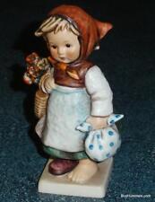 """""""Weary Wanderer"""" Goebel Hummel Figurine #204 Tmk4 Adorable Collectible Gift!"""