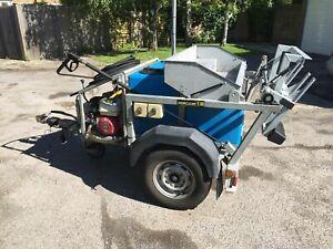 Wheelie bin washer / cleaning machine