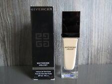 Givenchy Matissime Velvet Radiant Mat Fluid Foundation SPF20 - #01 MAT PORCELAIN