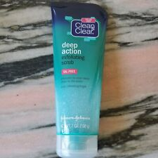 Clean & Clear 7 Oz Oil-Free Deep Action Exfoliating Facial Scrub-Non-Comedogenic