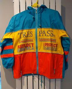 Vintage Trespass Windbreaker Waterproof Lightweight Reflective Cycling Jacket