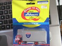 NATIONAL TRANSPORT  ford C SERIES TRUCK HO 1/87 built SHARP ATH8101  VAN ATHEARN