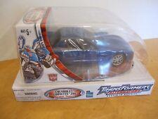 Hasbro Transformers Alternators Chevrolet Corvette Z06 Autobot Tracks NEW NIB