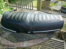 MotorcyclSeat Cover complete with strapzuki GT750 Late