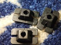 3 X  FORD GRANADA MK1 FRONT GRILLE RETAINING CLIPS NEW OLD STOCK