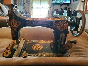 """ANTIQUE Eldredge Improved Eldredge """"B"""" Sewing Machine Treadle"""