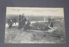 CPA GUERRE 14-18 VEUVES AU CIMETIERE 1914 BATAILLE DE L'OURCQ NEUFMOUTIERS