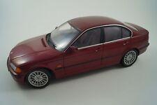UT Modellauto 1:18 BMW 3er
