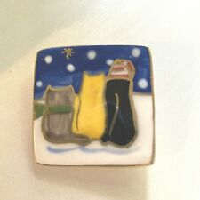 Vintage Cats in Snow Resin Pin Brooch Fashion Jewelry Colorful 1.5
