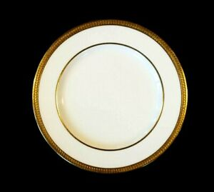 Beautiful Copeland White And Gold Encrusted 485 Bread Plate
