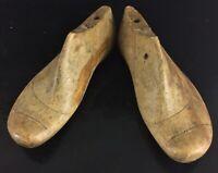 Ancienne paire de formes, matrice, embouchoir à chaussure en bois taille 36