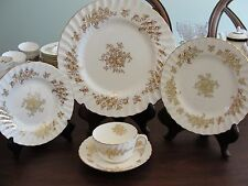 MINTON MARLOWE GOLD H5017 4 5-PIECE PLACE SETTINGS