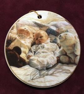 Steve Hanks Baby's 1st Christmas Porcelain Ornament~1994~Artist Signed Excellent