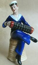 DRESDEN CHINA FIGURE OF MUSICAL SAILOR FROM THE ARCADIA (Ref5556)