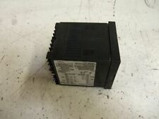 DWYER D26133 TEMPERATURE CONTROLLER *USED*