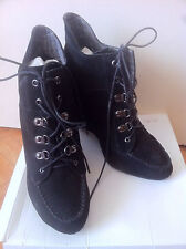Boots bottines lacées talons compensés La REDOUTE noir taille 40 NEUVES
