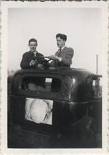 PHOTO ANCIENNE - VINTAGE SNAPSHOT - VOITURE AUTOMOBILE VOLANT GAG BLAGUE DRÔLE