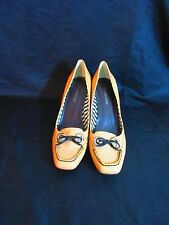 ENZO ANGIOLINI Beige With Brown Details Patent Leather High Heel Shoes Size 9.5M