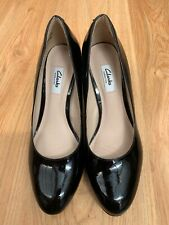 Womens Clarks Kendra Sienna Black Patent Leather Court Shoes Size UK 6 EUR 39.5