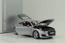Minichamps 1:18 Audi TT Coupe 2014 - Silver Dealer Model