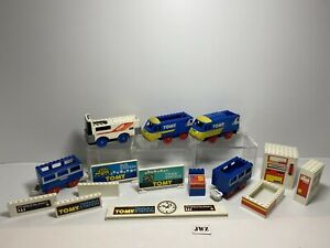 Vintage Tomy Train Bundle - 5 Trains & 10 Parts - 🚂