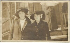 Woman with Hands on Hips Overlooks Two Fretful Young Women Vintage Snapshot