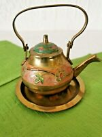 alte kleine Messing Teekanne mit Teller emaliert  Deko