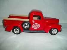 DIE CAST 1:24 SCALE MODEL 1940 PICK UP TRUCK