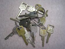 15 gm Buick Pontiac Chevrolet  CAR Key's some  with Logo Vintage Automotive