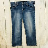 Lucky Brand Crop Jeans  Size 10 / 30 Blue Denim Whiskered Flap Pockets