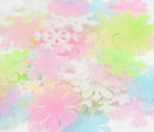 50 Leuchtsticker Schneeflocke bunt fluoreszierend Wandtattoo blau rosa gelb weiß