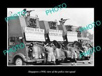 OLD LARGE HISTORIC PHOTO OF SINGAPORE, THE SINGAPORE POLICE RIOT SQUAD c1950
