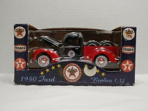 2001 Texaco 1940 Ford Road Assistance Truck 1:32 Scale Tow Truck Old Timer
