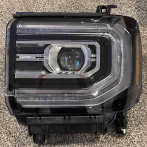 Genuine GM Headlamp 84515727 2016 2017 2018 Sierra Denali Read Description Chip