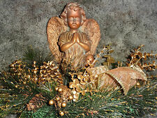 Angel, Kneeling, Centerpiece, resin w/green and gold floral