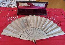 Ventaglio dell'800 - dipinto a mano - ricami macramè - stecche in avorio