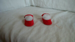 """RED  DOLL SHOES FOR MADAME ALEXANDER F&B ARRANBEE OR IDEAL 17"""" DOLL?"""