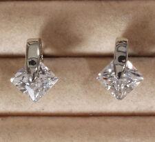 Elegante Ohrstecker silber rhodiniert mit funkelndem Zirkonia Kristall * Neu