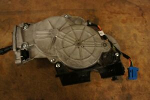 MERCEDES BENZ TAILGATE PULL DOWN MOTOR, BRAND NEW IN THE BOX, #099-760-26-01-28