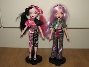 Rare Bratzillaz Doll's & Stand's x 2