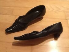 Stunning Vintage Black Italian Leather Heels - Size 3 1/2 Lovely Cut-Out Design