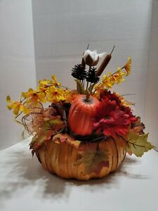 """Center Piece, Fall, Halloween, Thanksgiving, 12"""" side to side, 14"""" tall"""