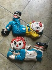Vtg Mcm Raggedy Ann Andy 1977 Wall Plaques by Bobbs-Merrill and sweet quilts